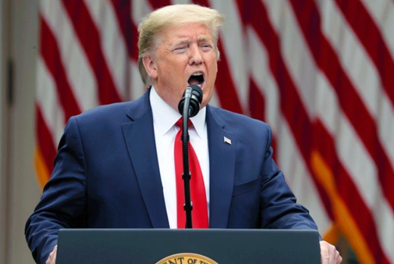 WHO脱退を表明するトランプ大統領