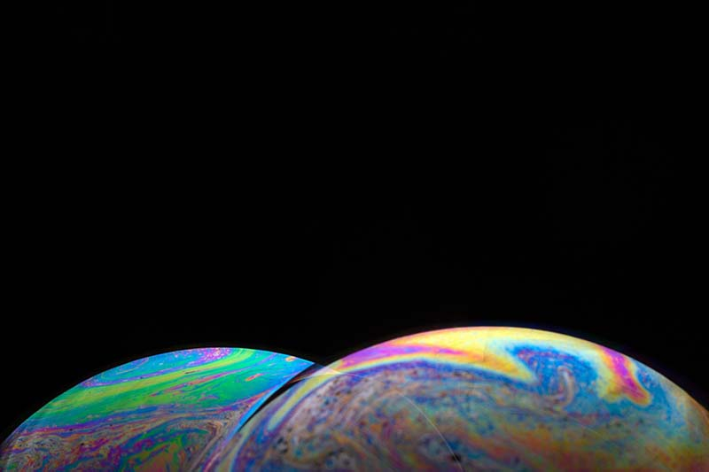 分離する地球